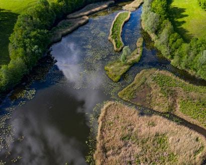 Vue aérienne des Etangs de Crosagny
